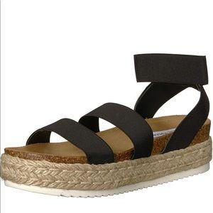Never worn Steve Madden Kimmie Wedge Sandal